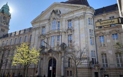 Sexualstrafrecht Nebenklage: Prozessauftakt sexueller Missbrauch von Kinder und Schutzbefohlenen am Landgericht