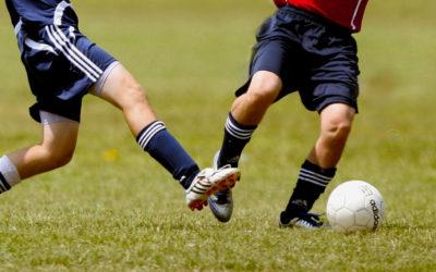 Spucken, Treten, Schubsen – Körperverletzung auf dem Fußballplatz